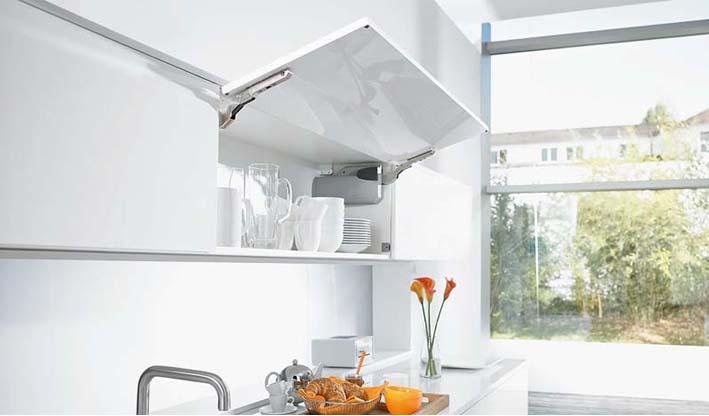 Aventos HK posicional abatible cocina