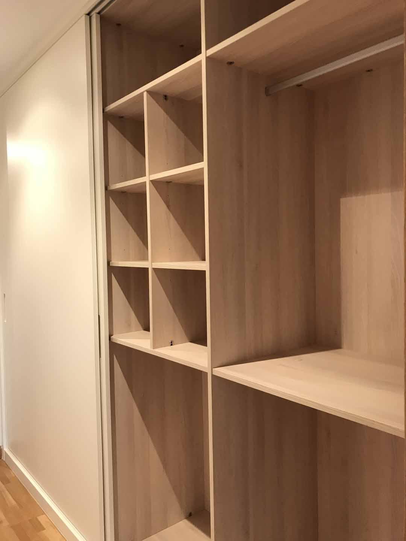 armario arnit acacia interior