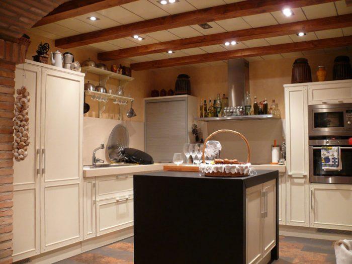 cocina madera ampurias