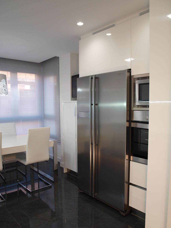 cocina moderna frigorifico americano