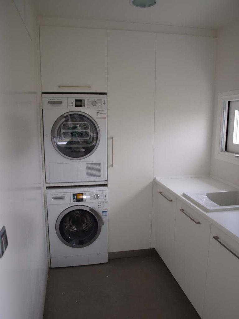 lavanderia cocina lacada