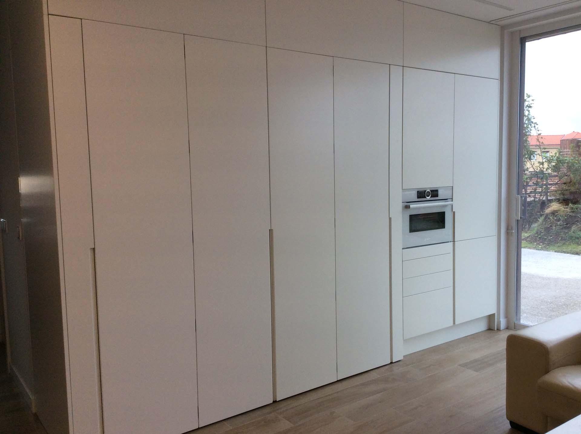 puertas escamoteables cerradas cocina arnit