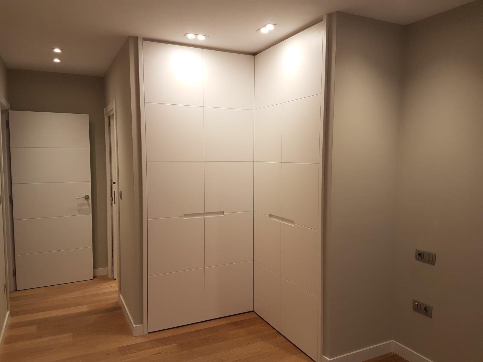 armario lacado escamoteable arnit