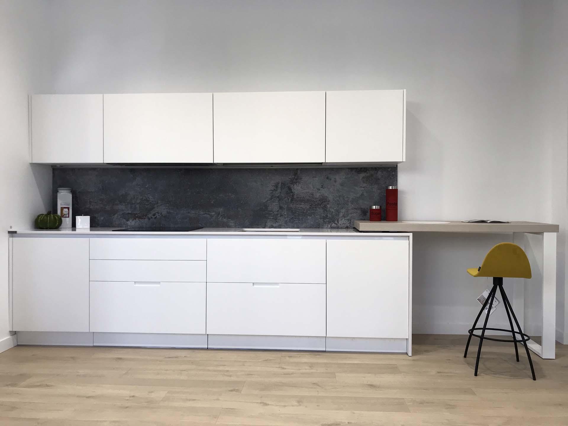 cocina blanca lacada diseño