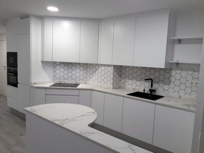 Proyectos arnit - Cocina blanca mate ...